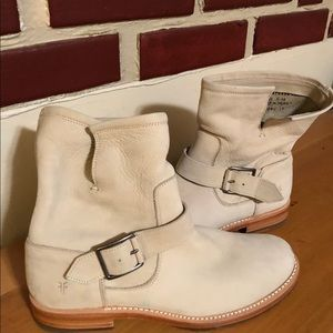 Frye Soft Leather Short Boots. Size 7 Cream Color